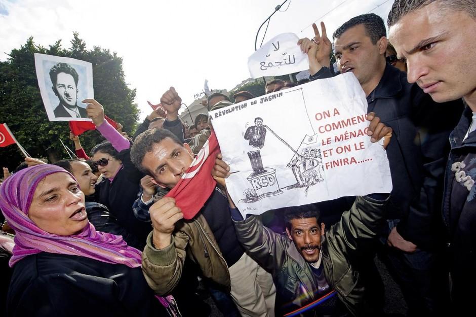 Journée du 19/01/2011 :; Manifestaition contre le RCD pour la démission des ministres de l