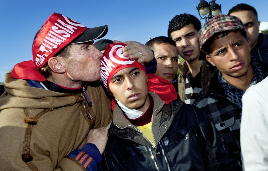 """Journée du 23 janvier : arrivée à Tunis de la """"Caravane de la Libération"""". Près d"""