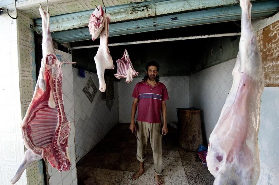 Le marché central reprend vie après les affrontements du 3 au 5 juin 2011 dans la ville de Metlaoui