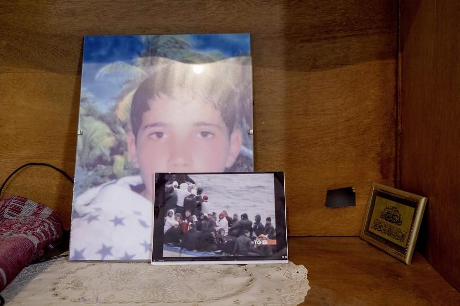 Chez Rebh et Abdelhamid Bouthouri les parents de Ibrahim disparu en mars 2011 dans le quartier de Kabaria.