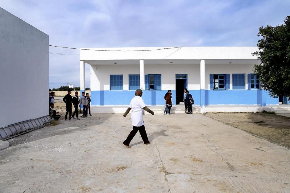 17 janvier 2014 : Au collège de la petite ville de Grawa dans la région de Monastir. Pour l