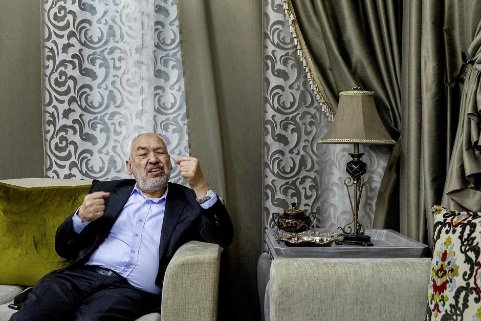 13 janvier 2014 : portrait de Rached Ghannouchi, Président et fondateur du parti Ennahdha, chez lui lors d